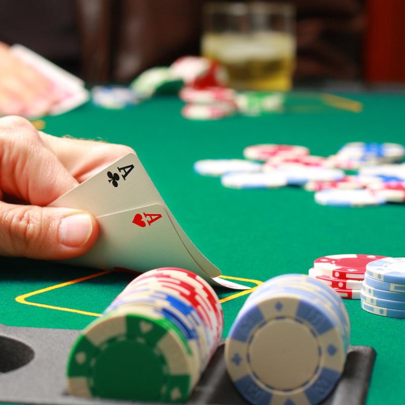 Texas Hold 'Em | Manta Ray Events